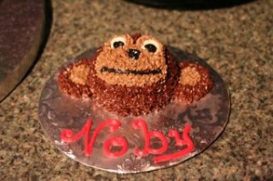 "Lisa even make Noby his own little ""smash cake!"""